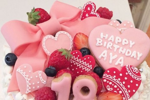 ホームパーティーやお誕生日に、子供が喜ぶ「オーダーケーキ」が定番化しています!