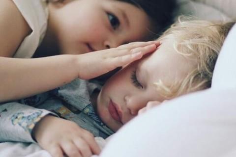 【年子ママの体験談】3歳の赤ちゃん返りへの対処法