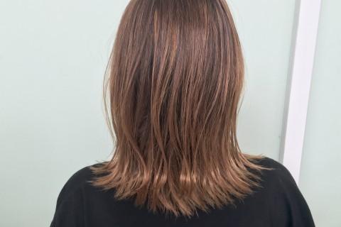 YouTubeで話題の美容師が教える!濡れ髪ボブのスタイリング【外ハネ編】