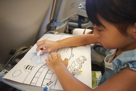 子連れフライト40回を超えるママが教える、飛行機移動のポイント【幼児期編】