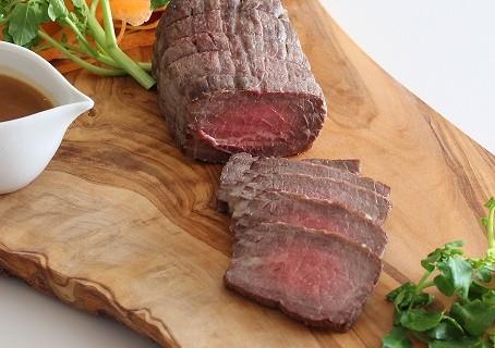 簡単・華やかな大皿料理! フライパンで手軽に作れるローストビーフとアレンジ 料理