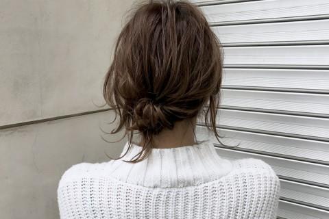ねじって留めるだけ!髪質が柔らかい方向けのボブ・ミディアムヘアアレンジ