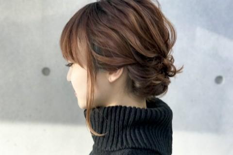 【ボブヘア】タートルネックに合う!ロープ編みで作る、簡単まとめ髪