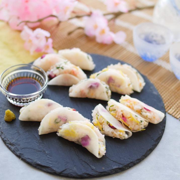 はさむだけで華やかに!春らしさ満開「いろどり大根寿司」